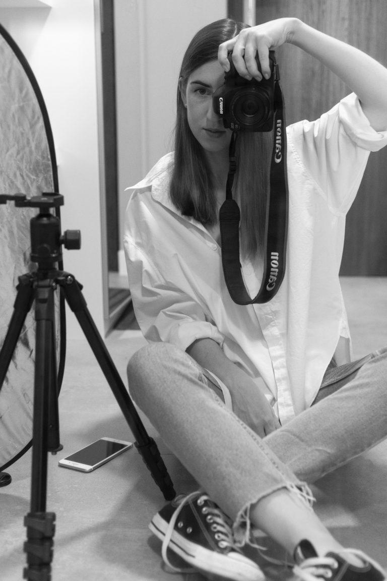 Młodzi profesjonaliści w czasach koronawirusa? Wywiad z fotografką Martą Chudek (Elle, Gala, L37…)